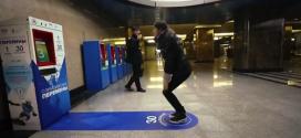 Sentadillas en el metro de Moscu